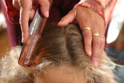 esame dei capelli farmacia Oberdan Bologna